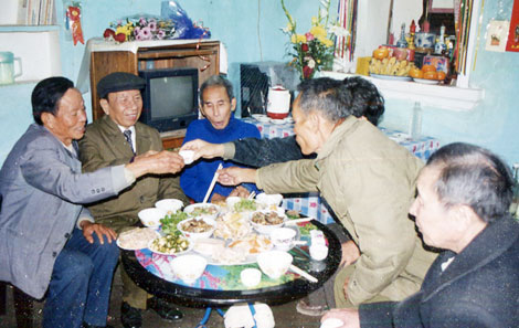 """Bài 10: Nếu kiểm tra ADN: Vũ Ngọc Nhạ chắc chắn 100% chẳng phải ông """"Thị ủy viên Thái Bình""""!"""