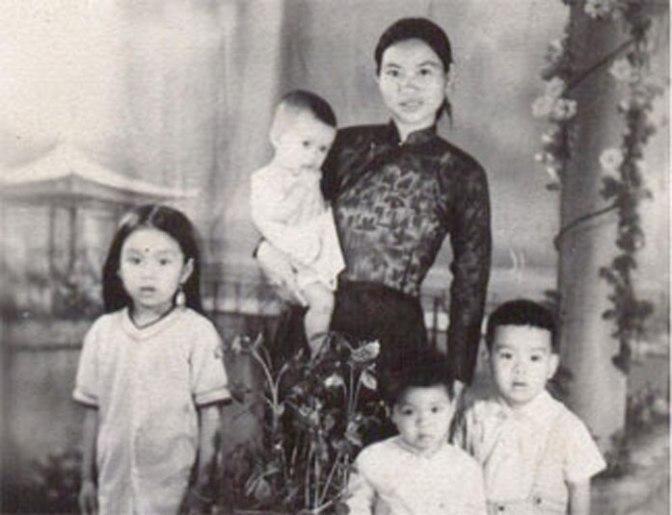 """Sự kiện: Chủ tịch Hồ Chí Minh viết bài """"Địa chủ phản động ác ghê"""" đăng báo Cứu quốc số 2459"""