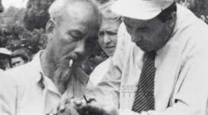 Bài 5.  Nguyễn Ái Quốc bị bệnh Lao nặng – Hồ Chí Minh thì tắm sông giữa mùa Đông và hút thuốc lá liền mồm đến khi sắp chết