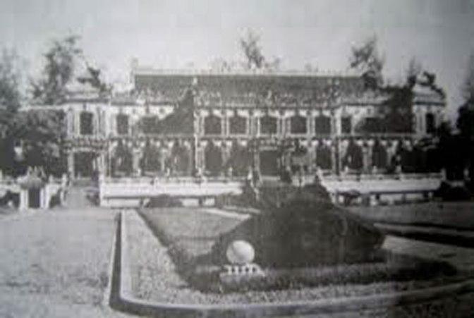 Bài 4.  Có thực Pháp Trao trả độc lập cho Việt Nam chỉ là giả hiệu mà buộc Hồ Chí Minh phải tuyên chiến?