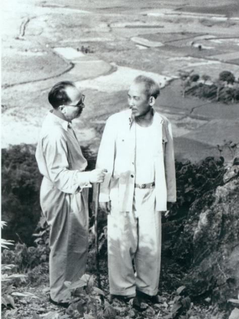 Nguyễn Lương Bằng với Hồ Chí Minh ngày 19-5-1957