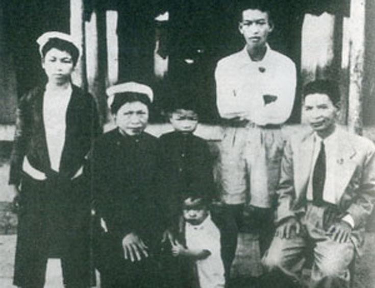 """Bài 4. Trần Huy Liệu cũng 2 vợ – như là đã tuyệt tình với """"vợ cả""""! Kể chuyện bịa láo"""