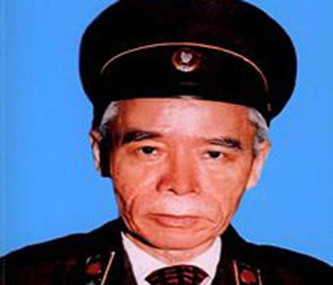Bài 5. Trần Quyết – đã giết Phạm Văn côn để thế chân.
