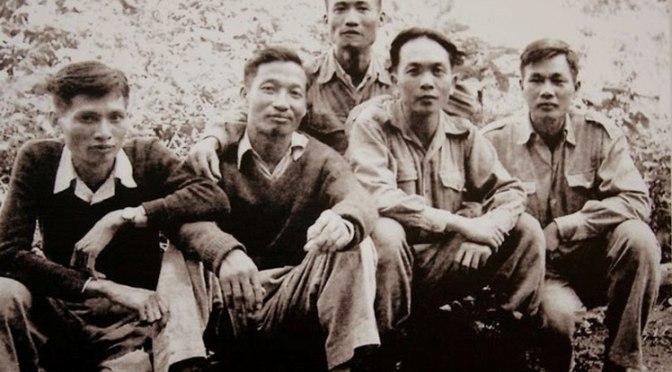 """Bài 9. Tình Trạng """"Gia đình"""" những Lãnh Tụ không được văn kiện đảng trước 1941 nhắc tên!"""